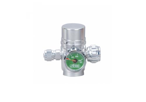 Редуктор ISTA I-646 CO2 Pressure Reduced с манометром и игольчатым клапаном