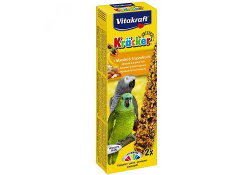 Лакомство для птиц Vitakraft Крекеры для амазонских попугаев с фрукты и миндаль, 2шт